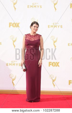 LOS ANGELES - SEP 20:  Gail Simmons at the Primetime Emmy Awards Arrivals at the Microsoft Theater on September 20, 2015 in Los Angeles, CA