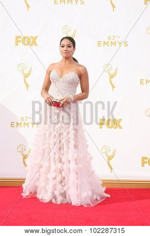 LOS ANGELES - SEP 20:  Gina Rodriguez at the Primetime Emmy Awards Arrivals at the Microsoft Theater on September 20, 2015 in Los Angeles, CA