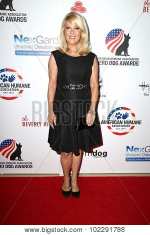 LOS ANGELES - SEP 19:  Barbara Niven at the 5th Annual American Humane Association Hero Dog Awards at the Beverly Hilton Hotel on September 19, 2015 in Beverly Hills, CA