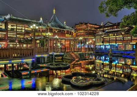 Yuyuan Garden And Teahouse In Shanghai