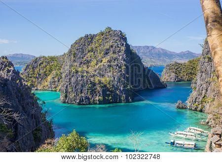 bay at Phi phi island