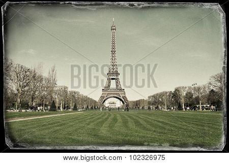 Vintage photo of Eiffel tower in Paris