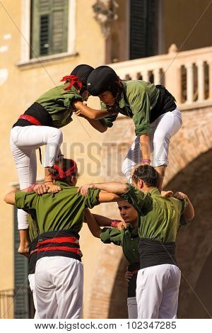Castells Performance - Human Tower