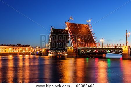 Saint Petersburg/Russia - August 05, 2015: Palace bridge