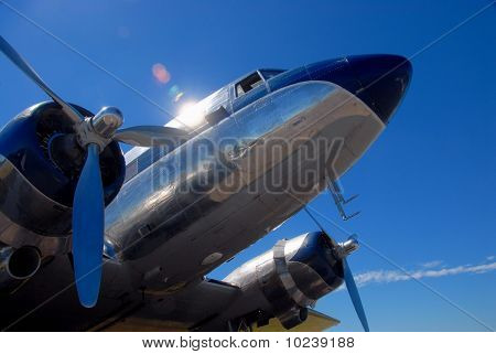 Classic airliner