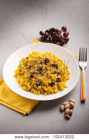 risotto with saffron grape and pistachio nut