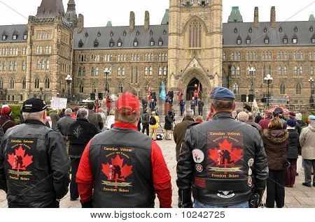 Veterans protest on Parliament Hill