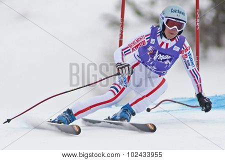 ZAUCHENSEE AUSTRIA. 08 JANUARY 2011.  Marie Marchand-Arvier (FRA) speeds down the course competing in the downhill race part of FIS Alpine World Cup, in Zauchensee Austria.