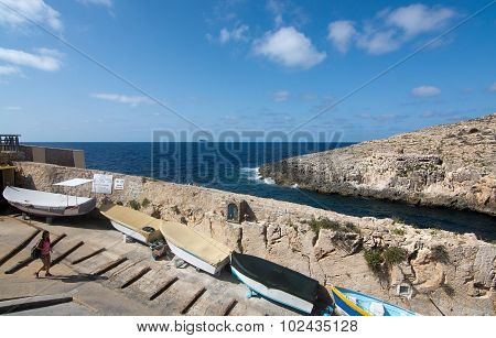 Blue Grotto Boats Downhill