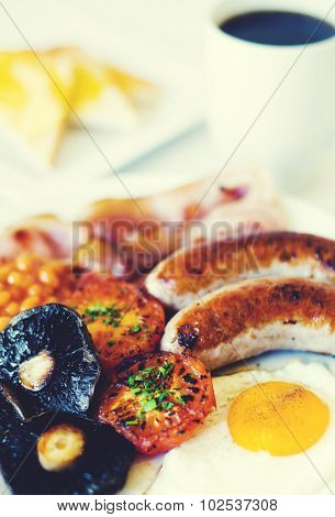 Close-up photo of full english breakfast.