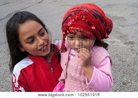 Gypsy Girls In Turkey