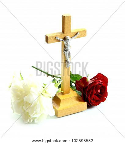 Very Simple Wooden Holy Crucifix Jesus Christ With White And Red Roses
