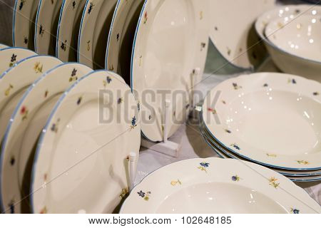 pile stack of clean washed plates