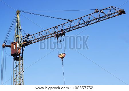 old lifting construction crane