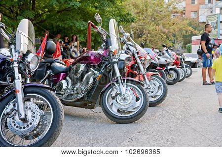 Beautiful Tuning Motorcycles And Bikes Are On Exhibition In The Old Sarepta