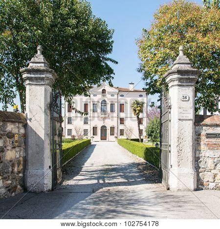 Villa Bongiovanni, Verona, Italy