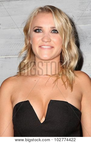 LOS ANGELES - SEP 24:  Emily Osment at the VIP Sneak Peek Of go90 Social Entertainment Platform at the Wallis Annenberg Center for the Performing Arts on September 24, 2015 in Los Angeles, CA