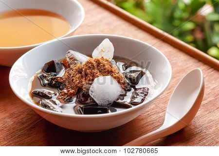 Grass Jelly Dessert, Herbal Gelatin, Chinese Style.