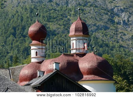 St. Bartholoma Church Red Roof And Towers