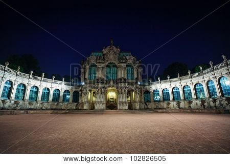 Dresden art gallery and park at night