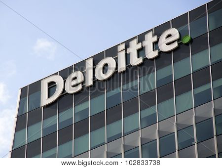 Eloitte Office, Deloitte Does Tax Accounting, Consultanc And Financial Advice