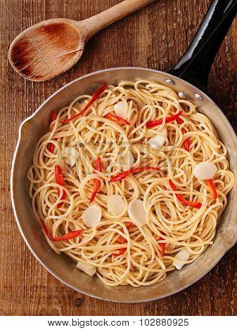Rustic Traditional Italian Aglio Olio Spaghetti Pasta