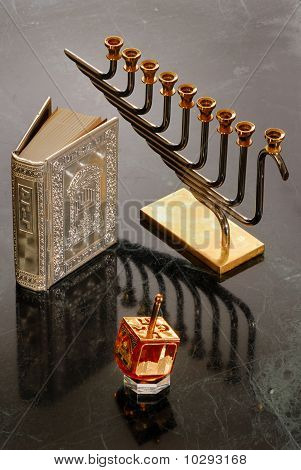 Hanukka objects