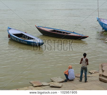 Boatmen Waiting For The Tourists In Varanasi