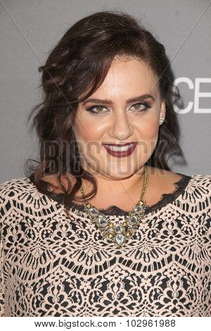 Chandra WilsonLOS ANGELES - SEP 26:  Artemis Pebdani at the TGIT 2015 Premiere Event Red Carpet at the Gracias Madre on September 26, 2015 in Los Angeles, CA