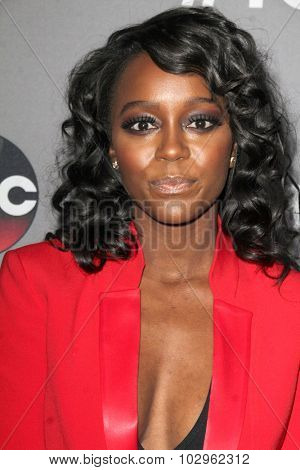LOS ANGELES - SEP 26:  Aja Naomi King at the TGIT 2015 Premiere Event Red Carpet at the Gracias Madre on September 26, 2015 in Los Angeles, CA