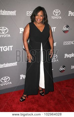 LOS ANGELES - SEP 26:  Chandra Wilson at the TGIT 2015 Premiere Event Red Carpet at the Gracias Madre on September 26, 2015 in Los Angeles, CA