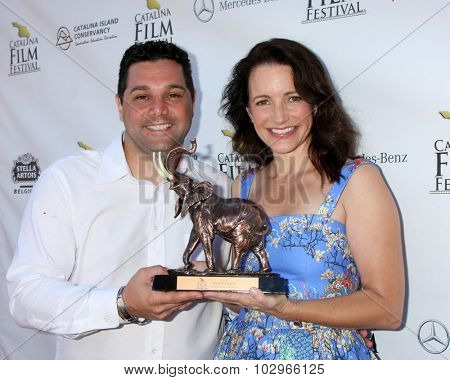 LOS ANGELES - SEP 27:  Ron Truppa, Kristin Davis at the Catalina Film Festival Conservation Award at the Lancer Auditorium on September 27, 2015 in Avalon, CA