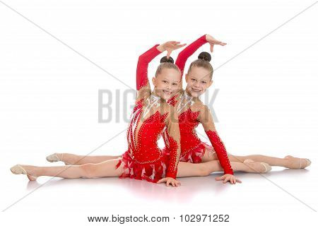 gymnast sit on splits