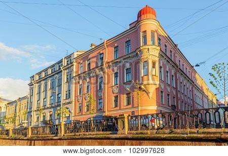 Saint Petersburg/Russia - August 13, 2015: The Corner House On The Embankment Of Griboyedov Canal
