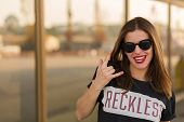 Постер, плакат: Reckless Girl In The City