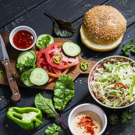 picture of veggie burger  - delicious veggie Burger - JPG