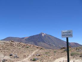 image of magma  - Mount Teide - JPG