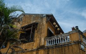 picture of southeast  - The building in the centre of Hoi An - JPG