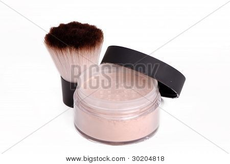 powder and makeup brush