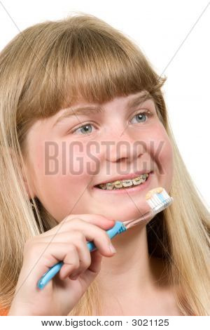 Brushing Braces