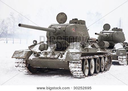 Russian Tanks T34