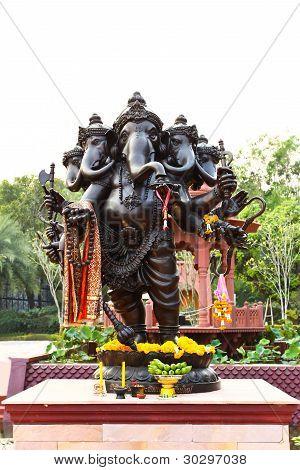 Negro dios hindú Ganesha
