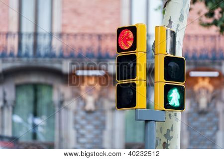 Red traffic light and green man