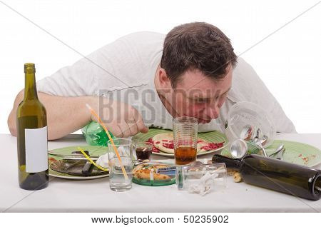 Why drunker was sleeping in a plate