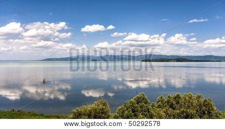 Lake Trasimeno In Umbria, Italy