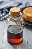 Постер, плакат: Maple Syrup
