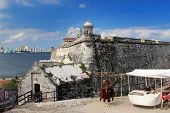 picture of el morro castle  - El Morro fortress with the city of Havana in the background - JPG