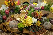 picture of batik  - Table centerpiece - JPG