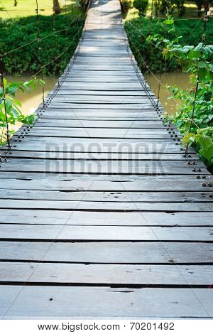 Wooden Long Rope Bridge