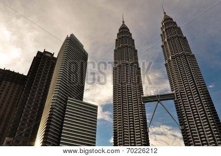 Petronas Twin Towers Skyscrapers